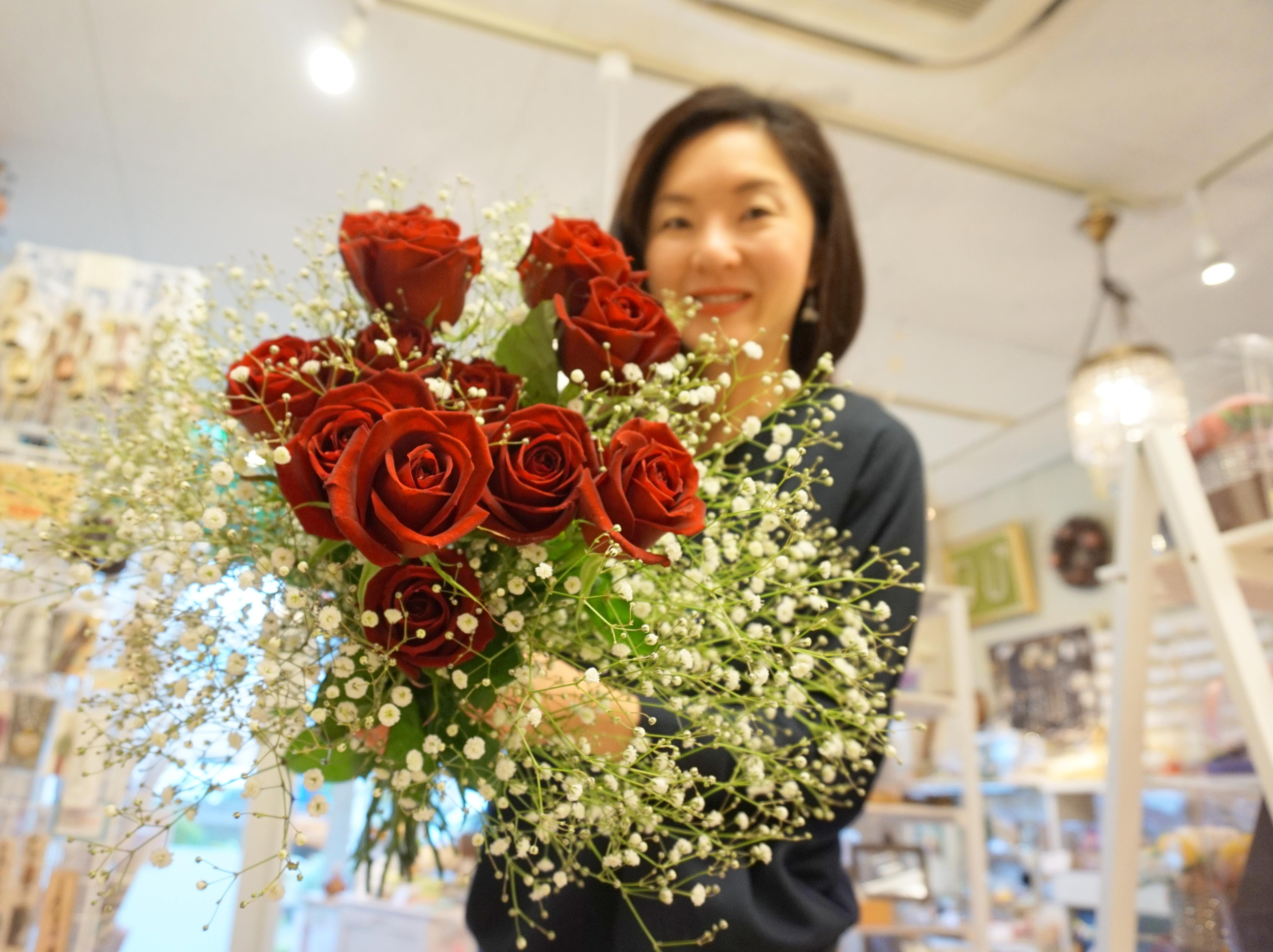 兵藤由花赤い薔薇
